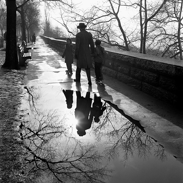 1953 New York Vivian Maier regen