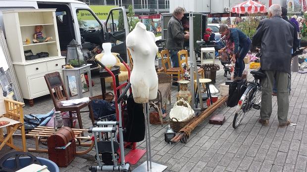 Rotterdam Binnenrotte rommelmarkt antiek