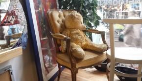 Teddybeer kringloop Rataplan in Haarlem