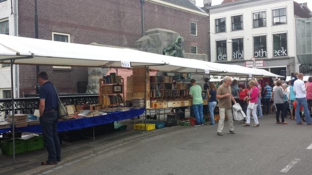 Boekenmarkt Dordrecht brug