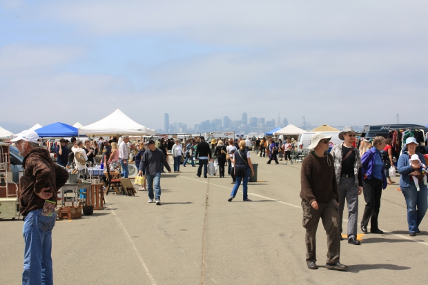 Alameda Point Antiques Faire hoeden