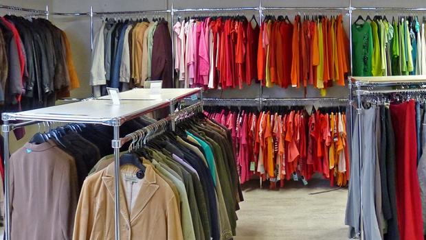 Kringloopwinkel Breda kledingafdeling