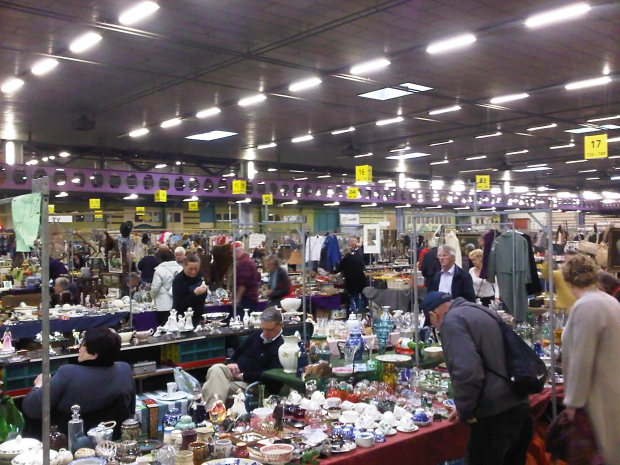 Bleiswijk rommelmarkt Veilinghallen go with the vlo