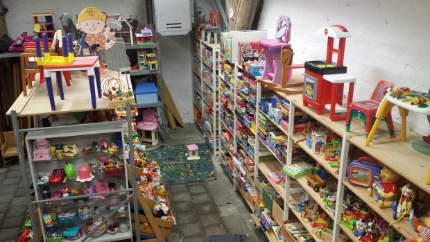 Kringloop Almkerk speelgoed