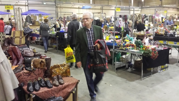 Bezoekers rommelmarkt Den Bosch