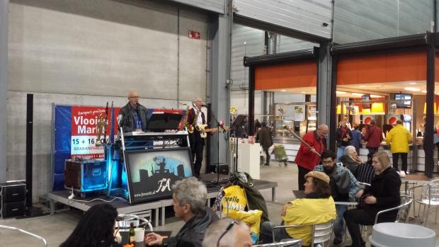 Orgel rommelmarkt Den Bosch