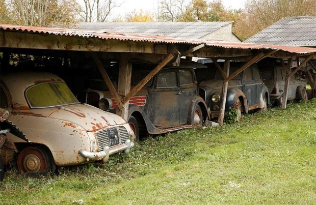 Oldtimers erf Franse boerderij