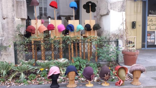 Village Saint Paul vilten hoedjes