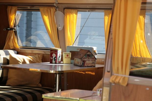 Vintage at Zandvoort busje interieur