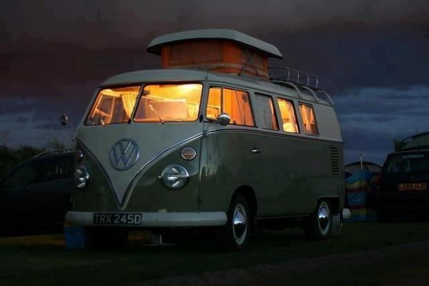 Vintage at Zandvoort busje