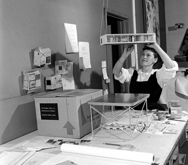 Eames-aan-het-werk