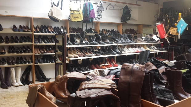 Emmaus Bilthoven schoenenafdeling