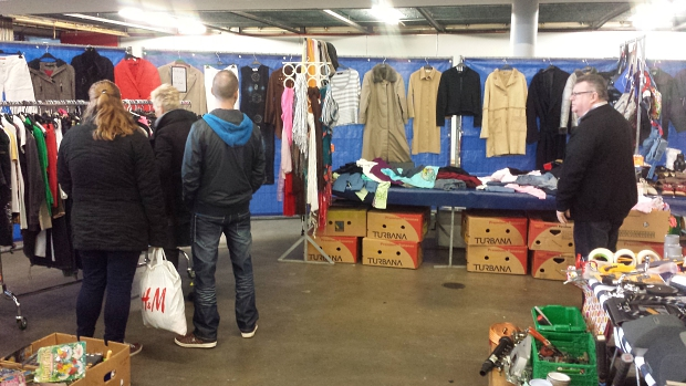 Rommelmarkt Ahoy kledinghoek