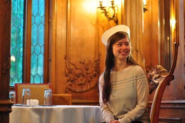 Marie Rayma in Titanic hotel