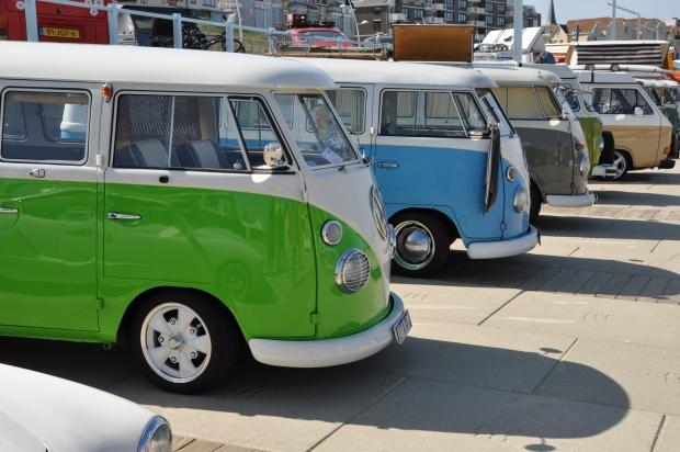 Aircooled Scheveningen busjes op een rij