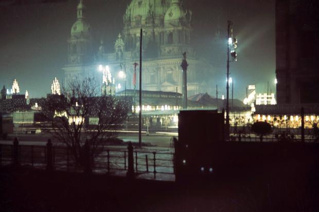 Berlin in frühen farbdias fotografie nacht