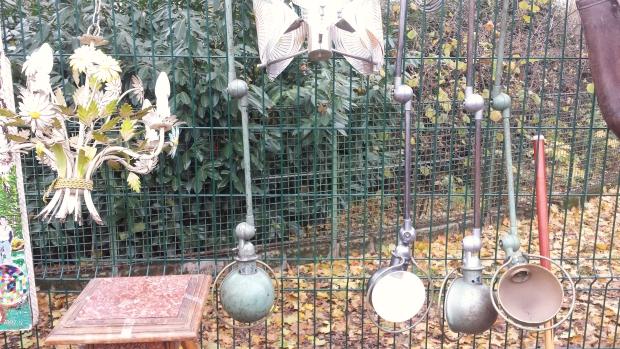 Parijs vlooienmarkt Jielde lampen