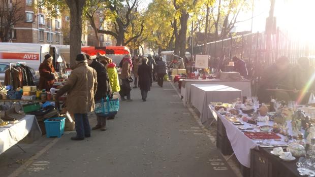 Parijs vlooienmarkt Vanves ochtend