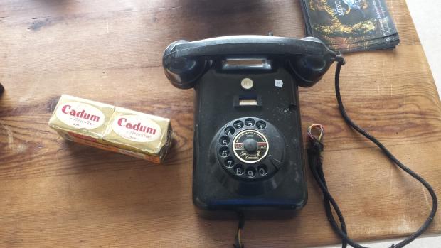 IJsbaan Haarlem rommelmarkt telefoon