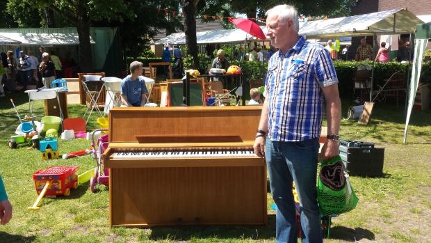 Kerkmarkt Ugchelen piano