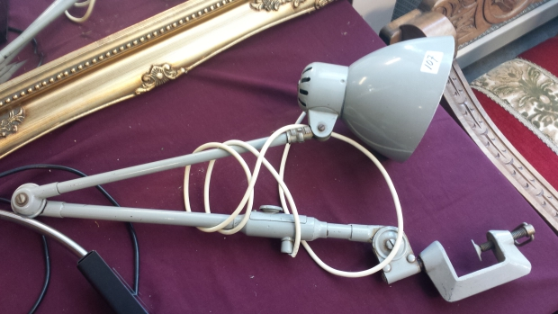 Ugchelen kerkmarkt veiling lamp