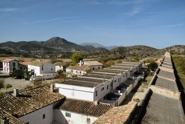 Spaans dorpje te koop witte huizen