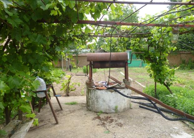 Bulgarije twee huizen te koop waterput