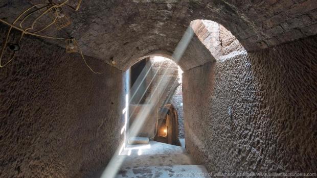 Liverpool tunnels lichtval