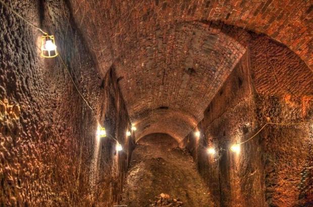 Liverpool tunnels plafond