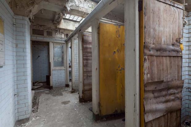 Londen toiletten potten vies woning renovatie
