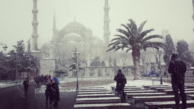 Blauwe Moskee sneeuw Istanbul copyright Danny Post banner