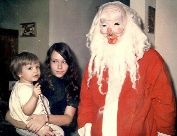 Enge kerstmannen offer horror griezelen humor