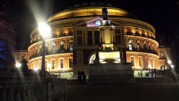 Kylie Christmas Royal Albert Hall concert kerstmis Londen