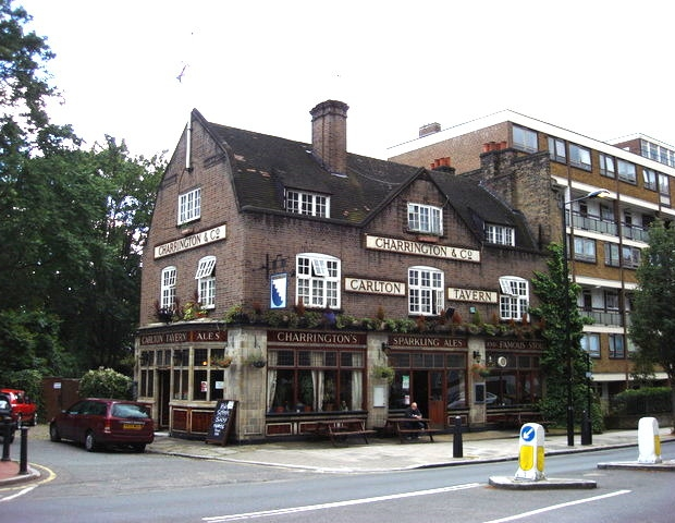 Pub Londen gebouw slopen go with the vlo