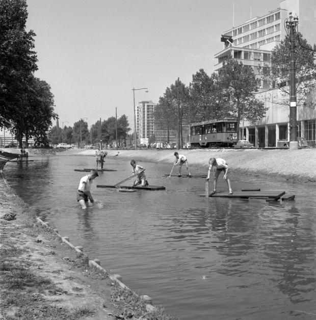 Rotterdam Westersingel wederopbouw WBOOKS jongens go with the vlo