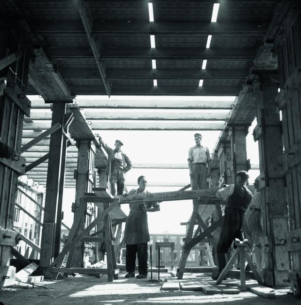 Rotterdam wederopbouw handen uit de mouwen mannen WBOOKS go with the vlo