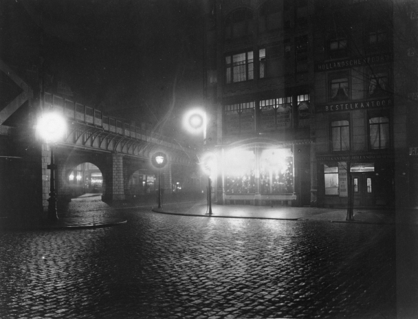 Henri Berssenbrugge Moriaansplein Middensteiger Rotterdam 1910 avond go with the vlo