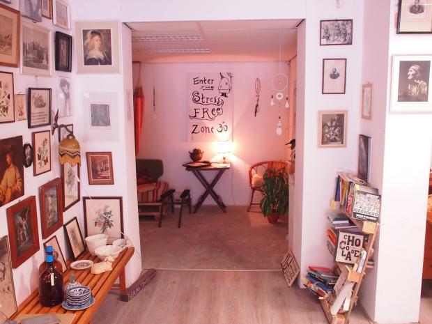 Emporium of Wonders stress vintage winkel go with the vlo