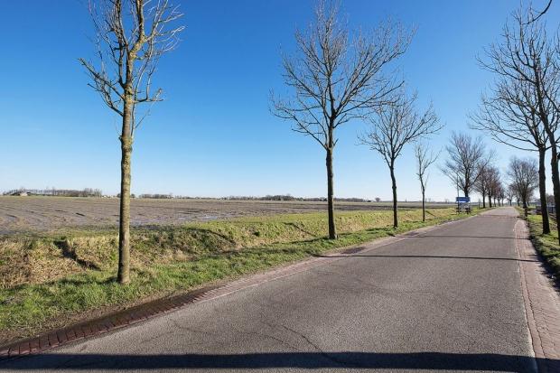 Groningen Pieterburen woning te koop weg go with the vlo