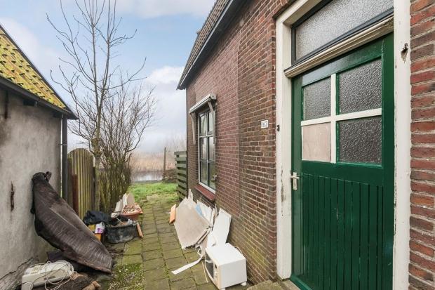 Hommerts Friesland huis te koop voetpad go with the vlo