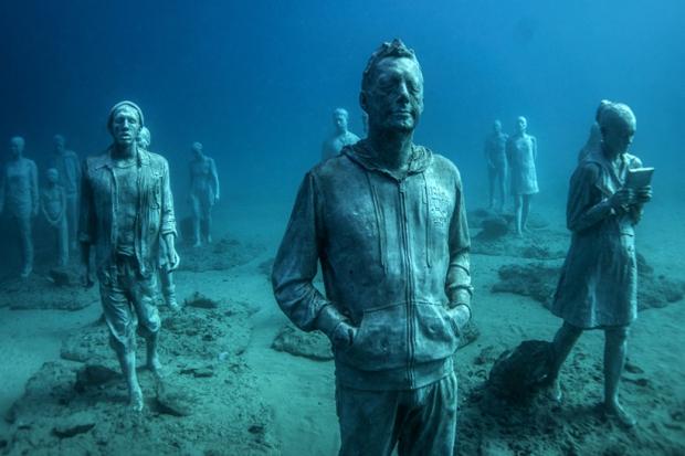 Onderwaterbeelden Jason deCaires Taylor Lanzarote museum go with the vlo wandeling