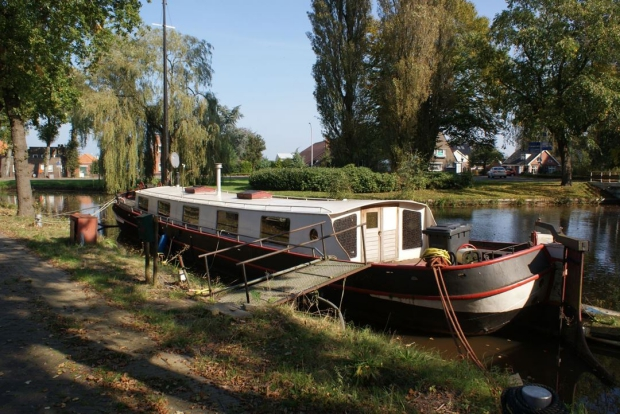 woonboot aanmeren wonen interieur go with the vlo