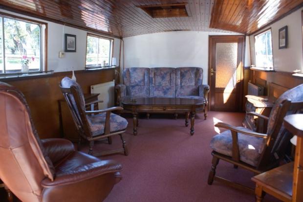 woonboot woonkamer stoelen interieur wonen go with the vlo