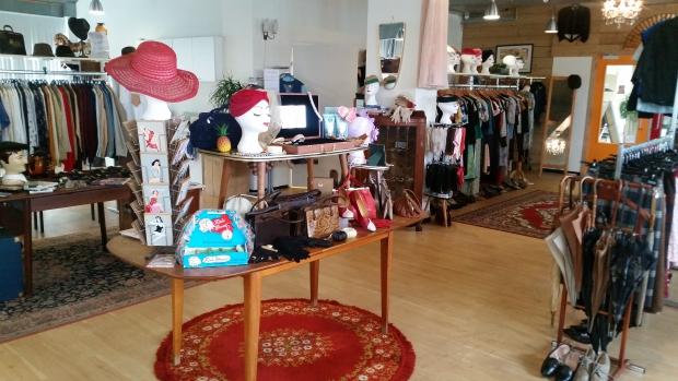 Carol Bobby Pin Boutique Carol fifties mode go with the vlo