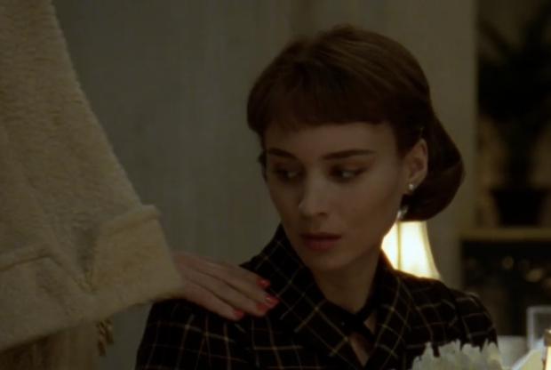 Carol Rooney Mara lesbische liefde hand go with the vlo