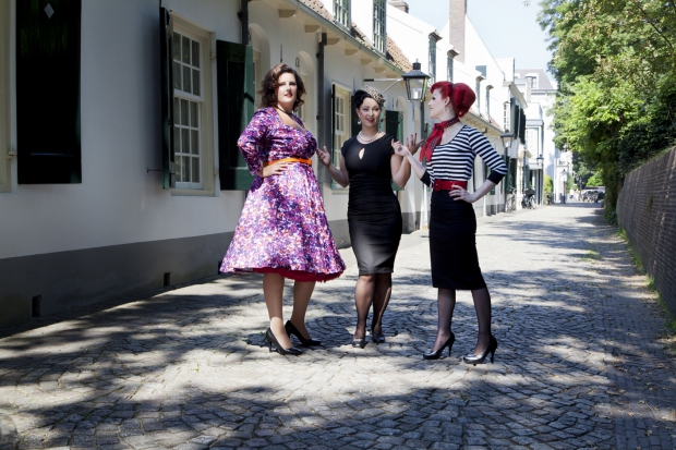 Notorious Clothing straatfoto fifties outfits Carol go with the vlo