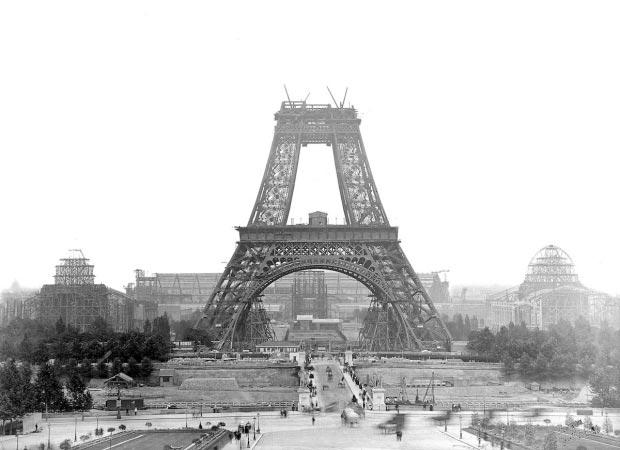 Eiffeltoren zwart-wit go with the vlo