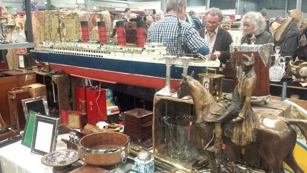 VerzamelaarsJaarbeurs Lusitania go with the vlo 20