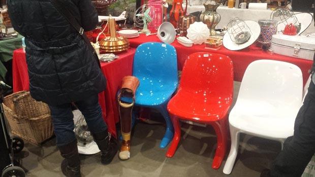 VerzamelaarsJaarbeurs stoelen go with the vlo