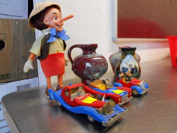 Emmaus Haarzuilens zomermarkt speelgoed go with the vlo